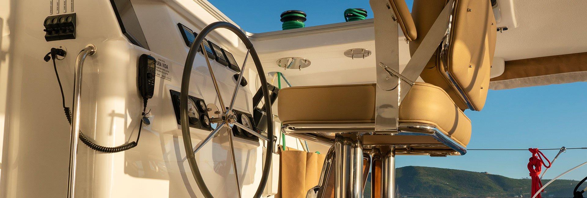 Yacht captain seat