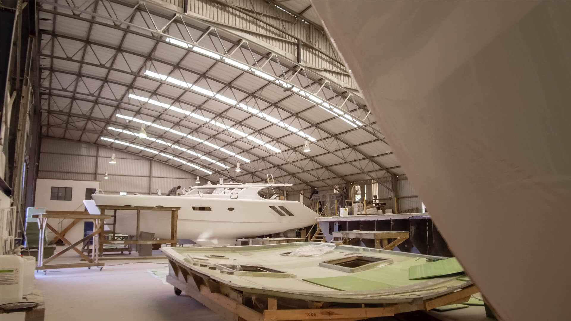 Cost of building a yacht
